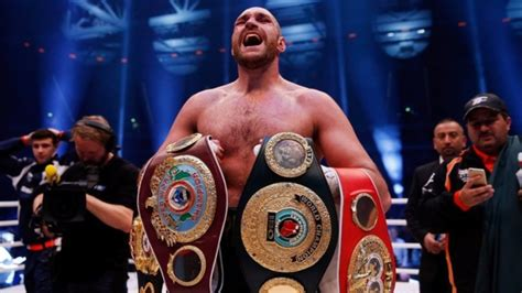 No, Tyson Fury IS NOT the Lineal Heavyweight Champion