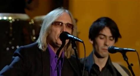 Watch Tom Petty's Classic Rendition Of 'While My Guitar