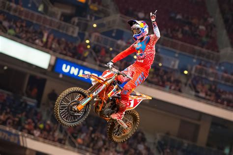2017 Phoenix Supercross Preview   Dungey Leads Points into