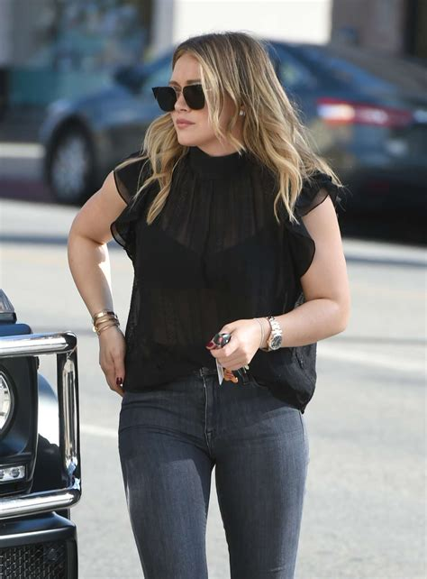Hilary Duff in Tight Jeans – Out and about in LA | GotCeleb