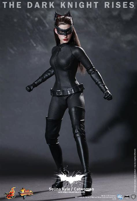 Hot Toys Reveals The Dark Knight Rises Catwoman Figure