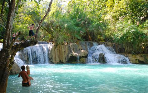 How to get to Kuang Si Waterfall in Luang Prabang