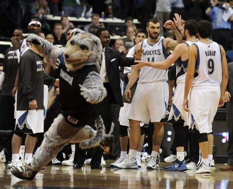 T-Wolves mascot Crunch and his sled injure Karl-Anthony