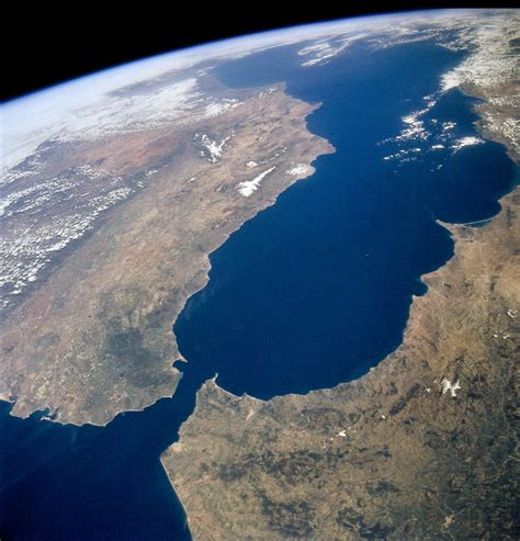 Europe Starting to Dive Under Africa?